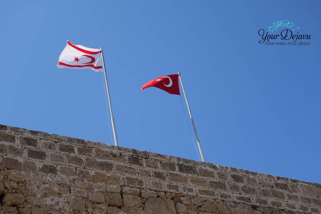 Flaggen Zypern Türkei