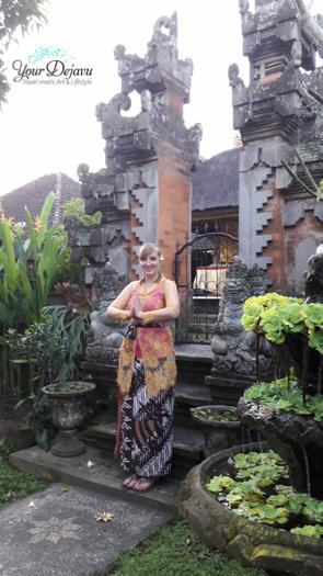 Annika im Sarong